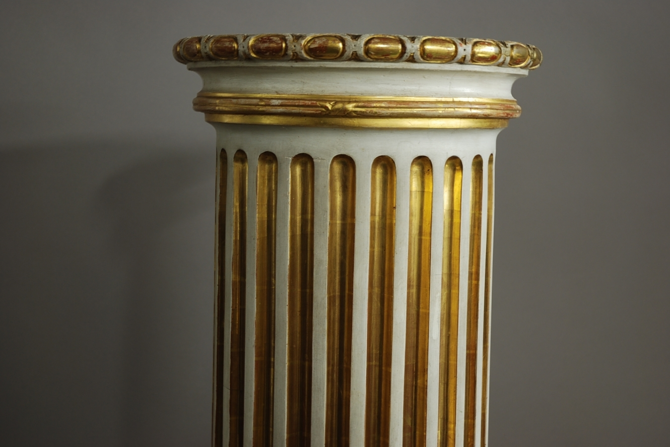Decorative Carved Column Trendfirst