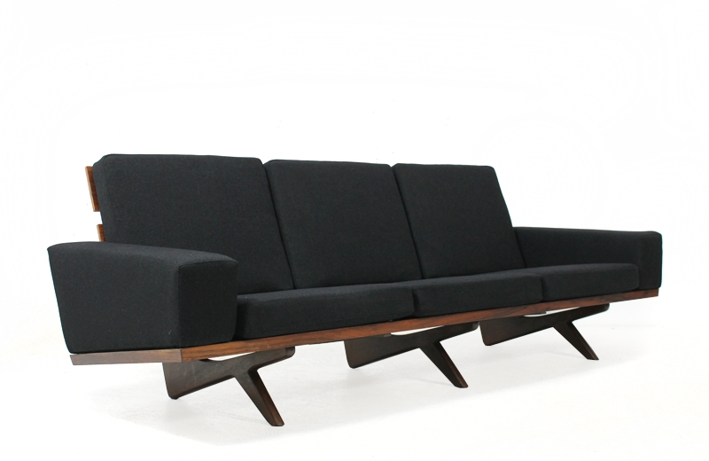 Great 60s Rosewood Sofa Gustav Thams