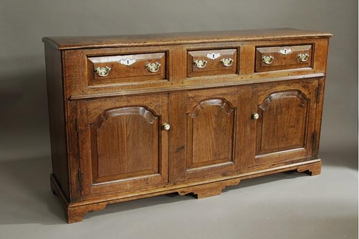 18thc oak dresser base