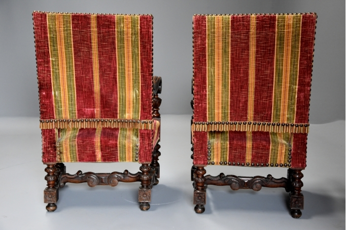 Pair of Baroque style chairs