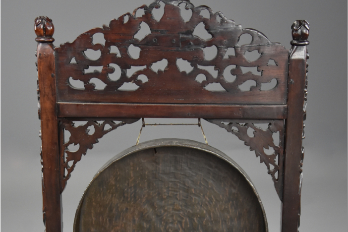 19thc Chinese rosewood gong