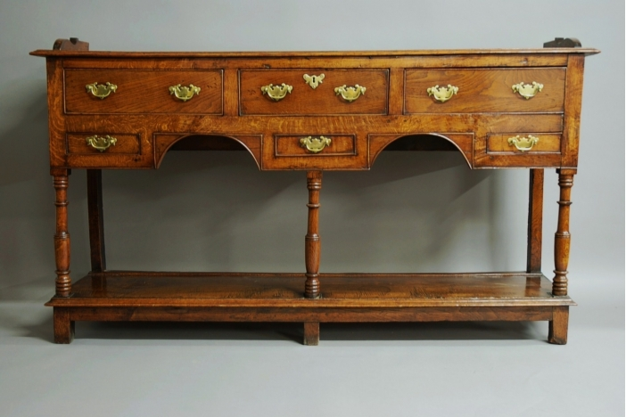 Welsh potboard dresser & rack