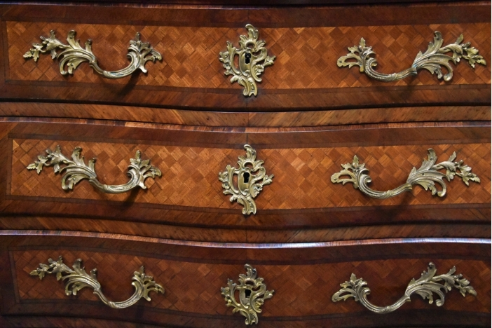 French 19thc Kingwood commode