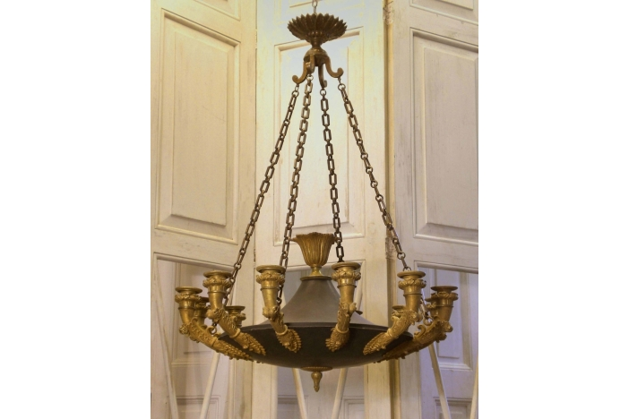 12-arm chandelier ceiling