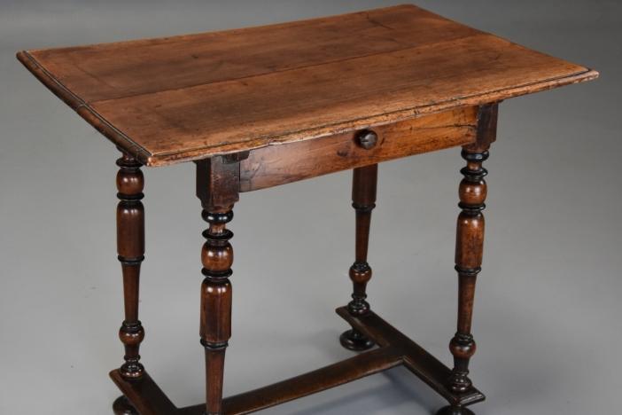 17thc walnut side table