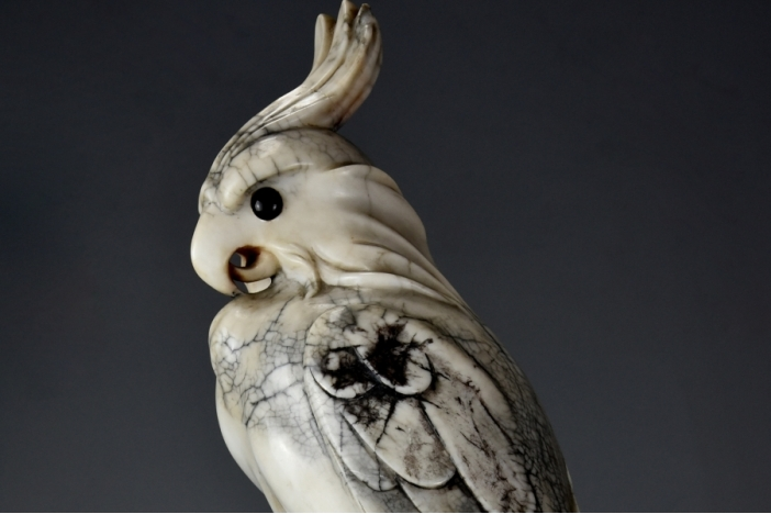 Marble sculpture of cockatoo