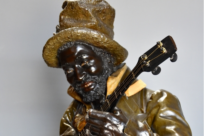 Life size bust 'Banjo Player'