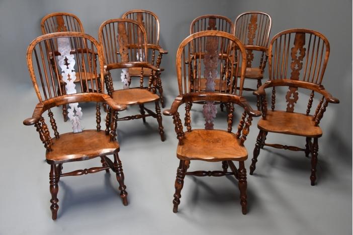 Rare set 8 burr yew Windsors
