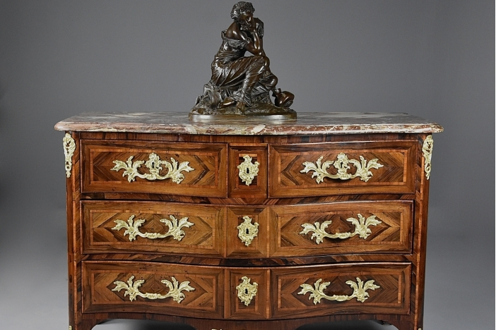 Régence rosewood commode