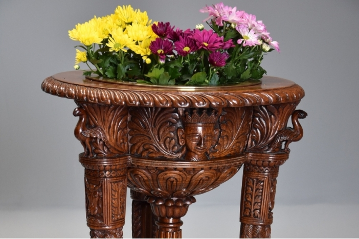 Indian padouk jardiniere