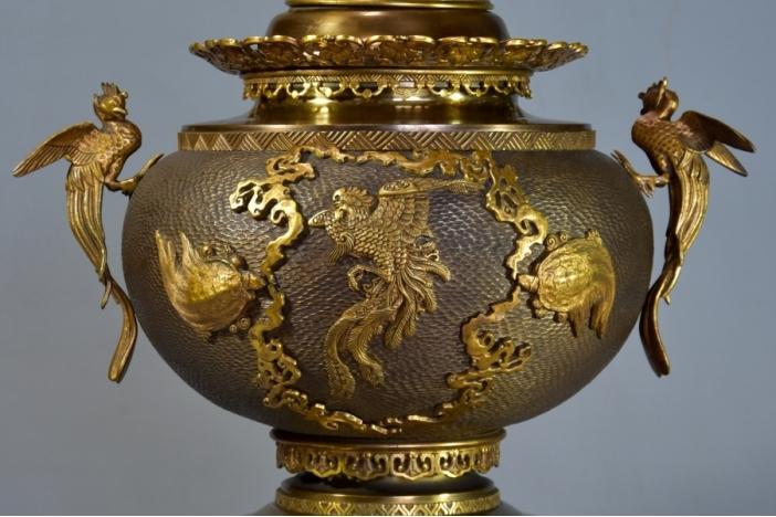 Bronze incense burner set