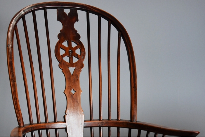 19thc fruitwood Windsor chair