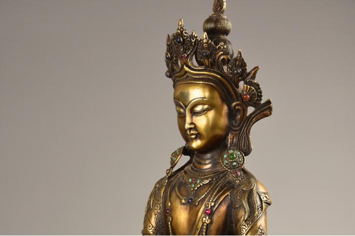 Figure of Buddha Bhaisajyaguru