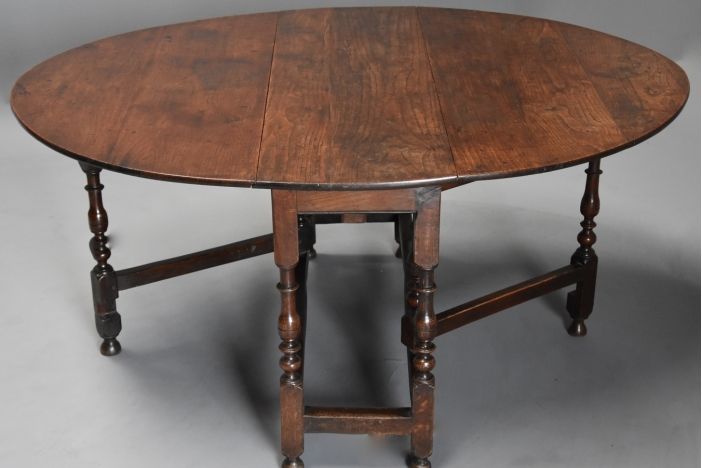 Late 17thc oak gateleg table