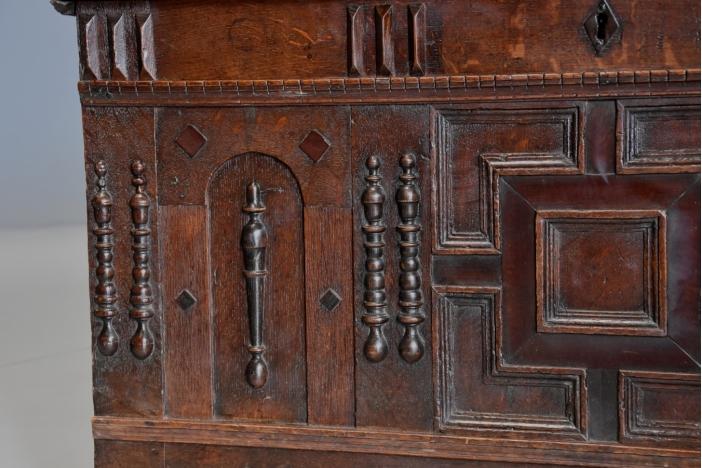 Rare 17thc oak coffer