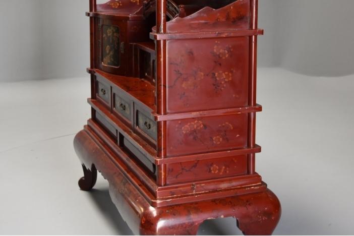 Japanese lacquered shodana