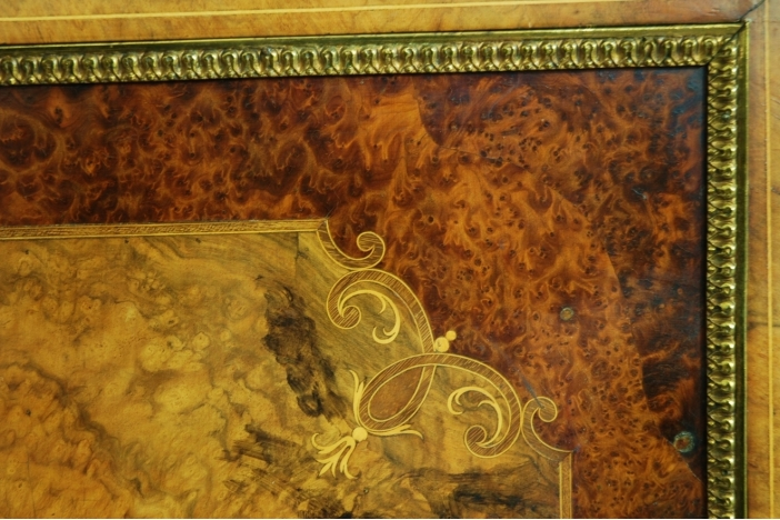 Superb burr walnut credenza