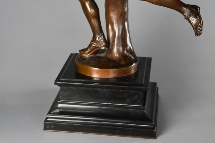 Barbedienne bronze Hippomenes
