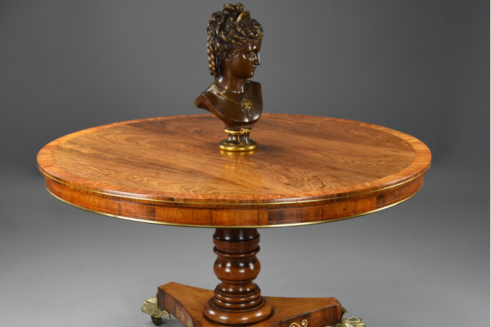 Fine Regency rosewood table