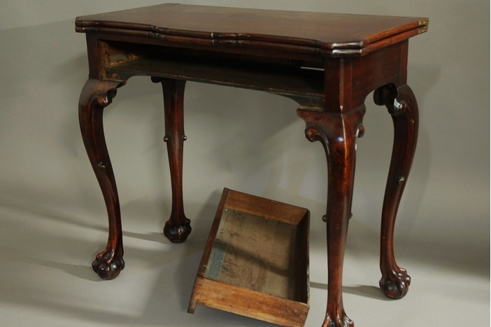 Rare Irish American tea table