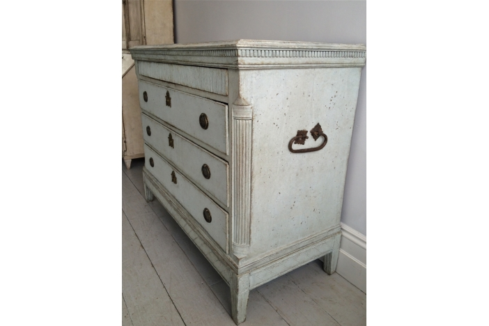 Fine Gustavian Period Chest