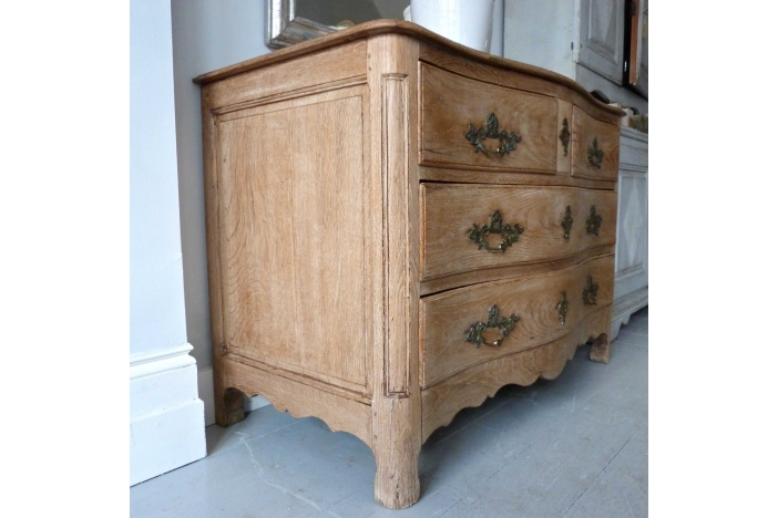 Louis XV Sepentine Oak Chest