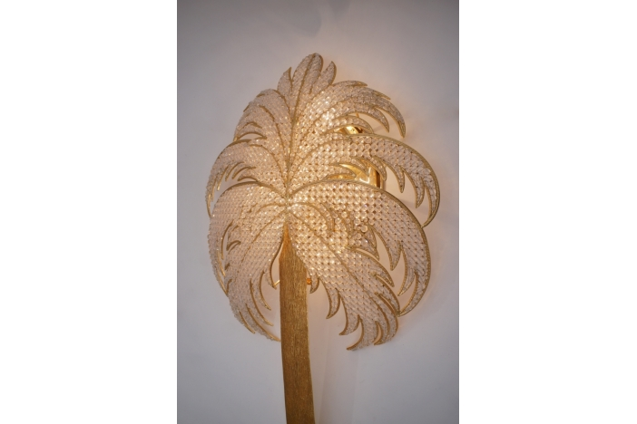 Palm tree wall light