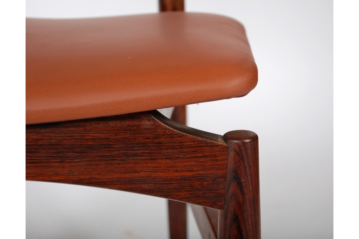 Poul Hundevad chairs