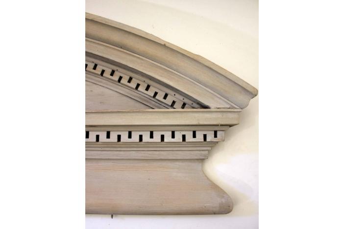 19C Architectural Element
