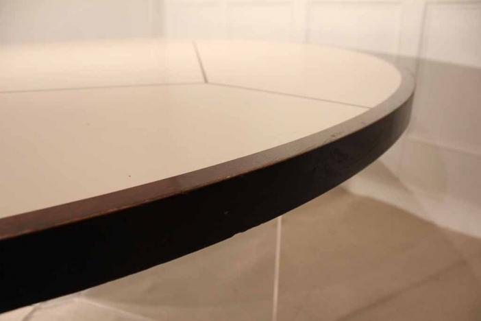 70's Round table