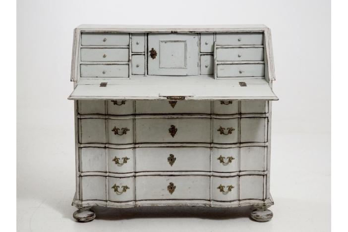 Scandinavian Bureau, 1770.