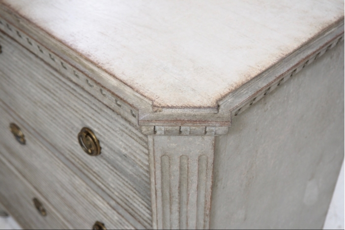 Gustavian style chest, 19th C.