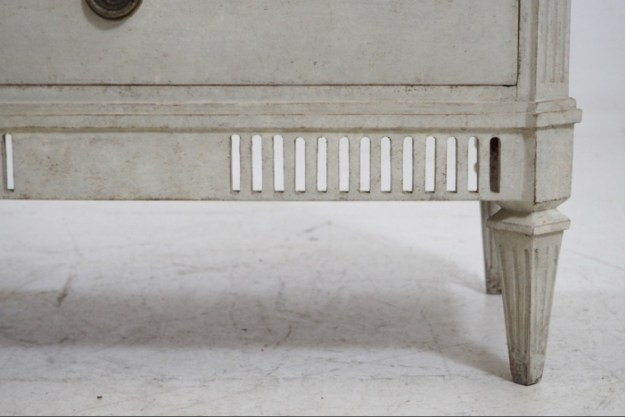 Gustavian chest, 19th C.