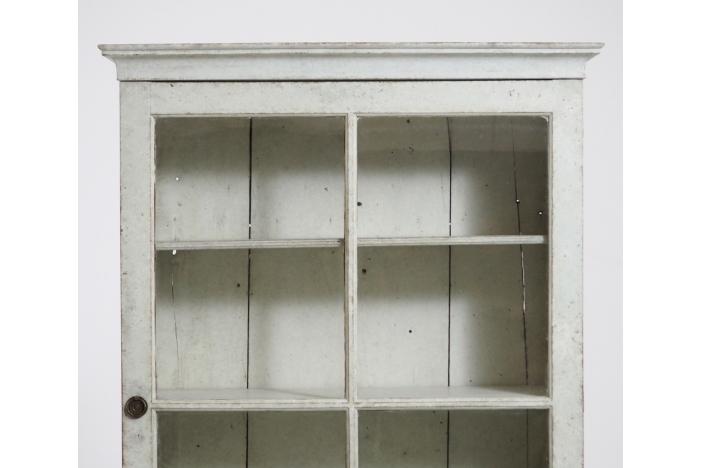 Vitrine cabinet, beg 19th C.