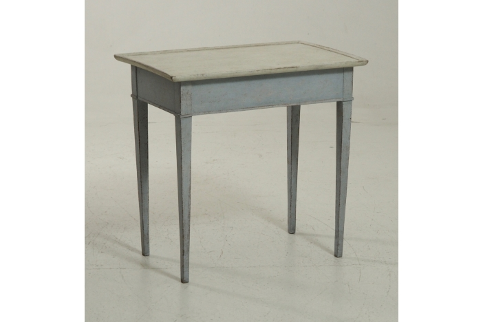Gustavian table, circa 1800.