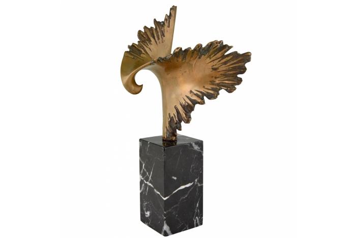 Pequeno bronze eagle