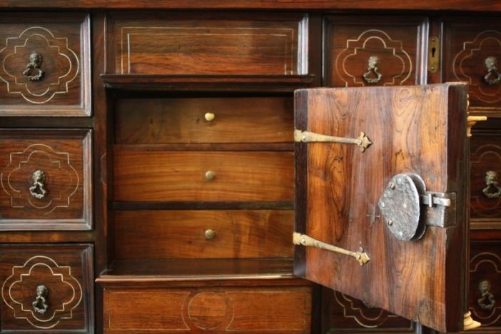 17th.century cabinet