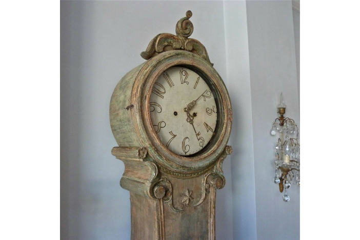 Mora Clock in Original Paint