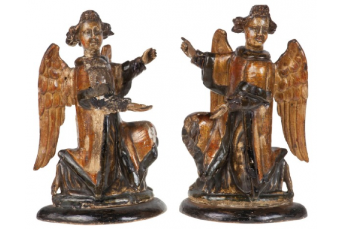 16th c. kneeling angels