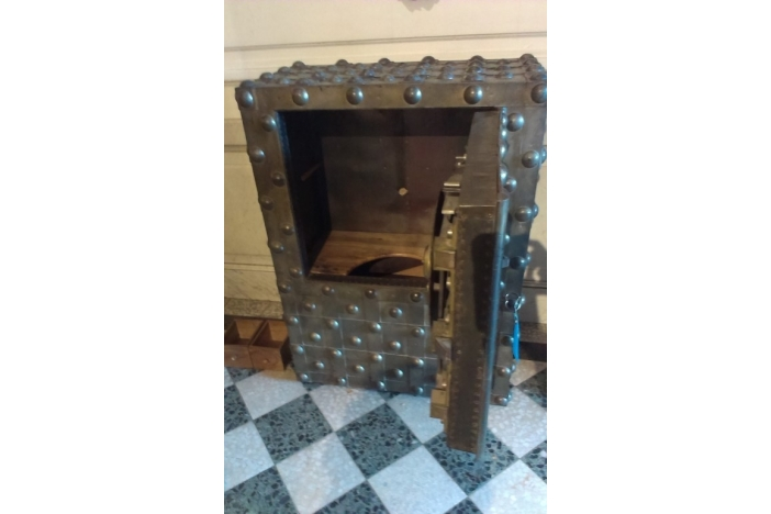 French safe