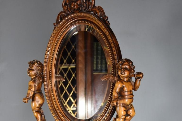 Exhibition quality mirror