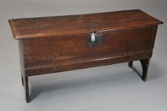17thc oak six plank coffer