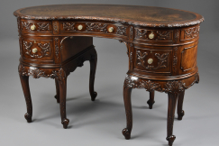 Edwardian mahogany kidney desk