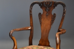 Queen Anne style walnut chair