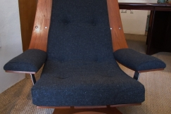 A Swivel easy chair