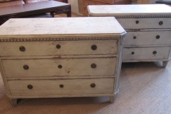 Pair of Gustave style commodes