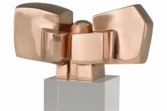Jose Luis Sanchez sculpture