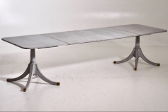 Fine Swedish extension table