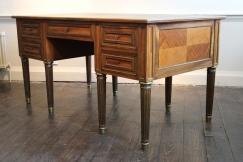 Fine Louis XVI Style Desk